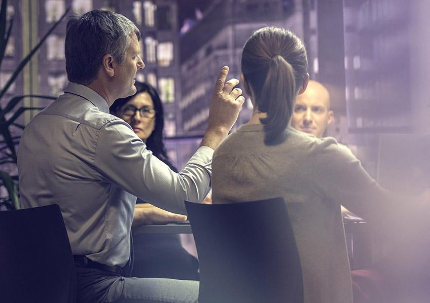 Diálogo para melhorar confiança sobre líderes