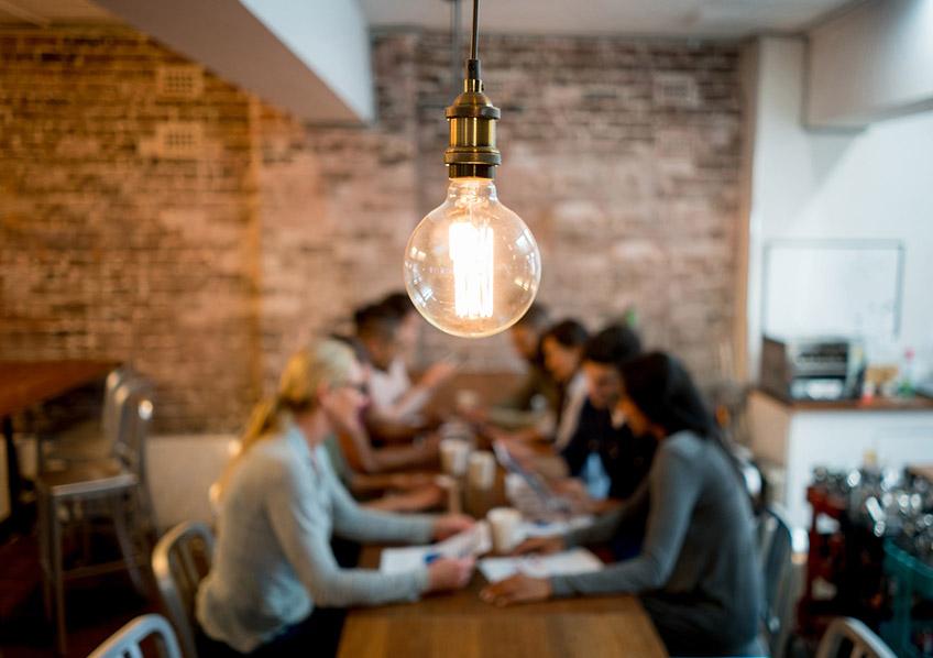O que será da comunicação em uma organização sem chefes?